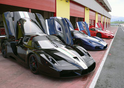 fxx-black-blue-red.jpg
